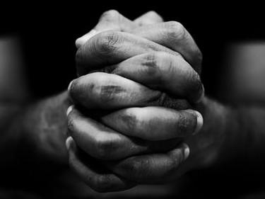 2703eedaff99d prayer hand smaller amendeed